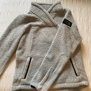 The northface sweater